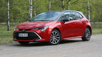 Location de Voiture Toyota Corolla 2020 Turbo Hybrid 122PS